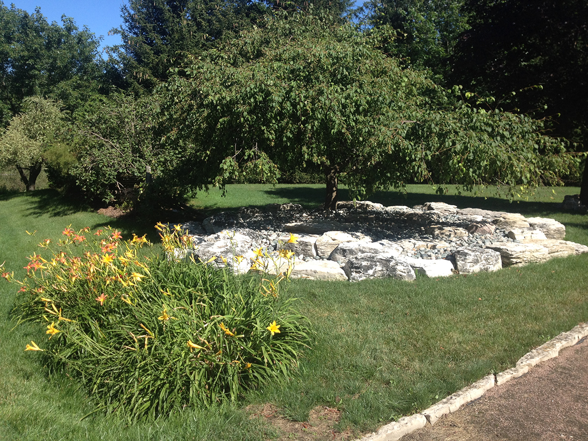 July Ponds Landscaping